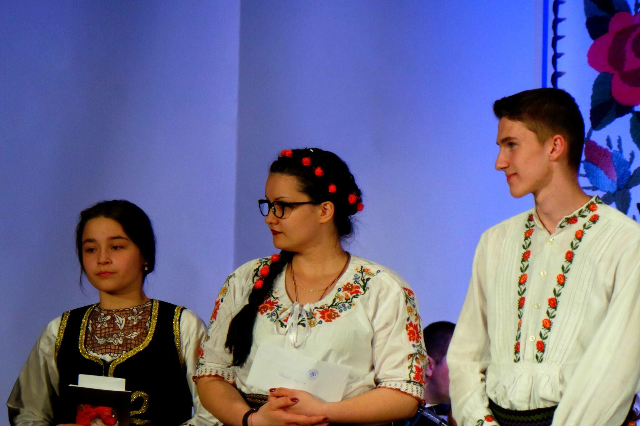 Pobednici Festivala Gergina 2016 Maja, Sofija i Denis